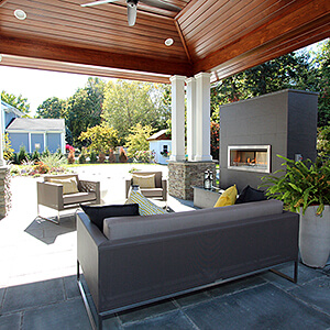 Outdoor living room in Paramus, NJ